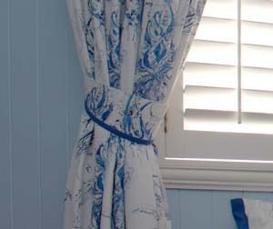 Curtain and matching fabric tie-back detail